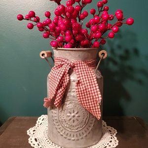 Tin Crock with Berries